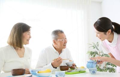 サービス付き高齢者向け住宅ケアビレッジかもがわ